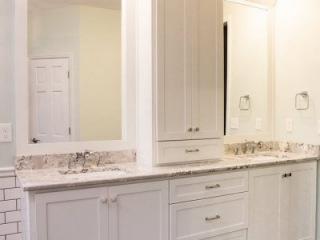 2 Bathrooms-2 Bathrooms-0010